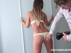 Czech pornstar Naomi Benet wants more money