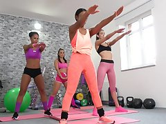 Lesbian trine in the gym for a babe, Lola Marie and Claudia Bavel