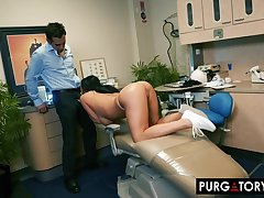 Smoking hot brunette forth big tits is having hardcore sex forth her handsome dentist, about his office