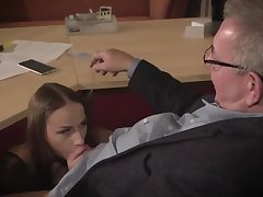 Amazing brunette with glasses is having a ffm threesome at work and enjoying well supplied a expanse