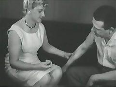 Sexy vintage girl having fun - Gentlemens Video