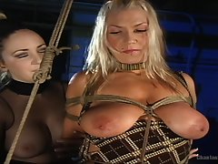 Xana Star gets her pussy spellbound by a girl like never before