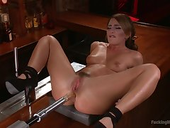 Deep anal coupled with pussy penetration off out of one's mind a fuck machine - Maisonette Fox