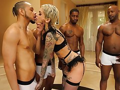 In the thick of crazily vitalized studs tattooed bitch Leigh Deathly gets fucked