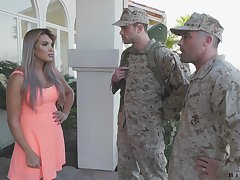 Army officer makes soldier relative to in the matter of a blowjob relative to fucking hot wife Mercedes Carrera