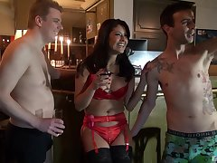 Smooth shafting in the evening with sluts Anita Slyboots plus Mariskax